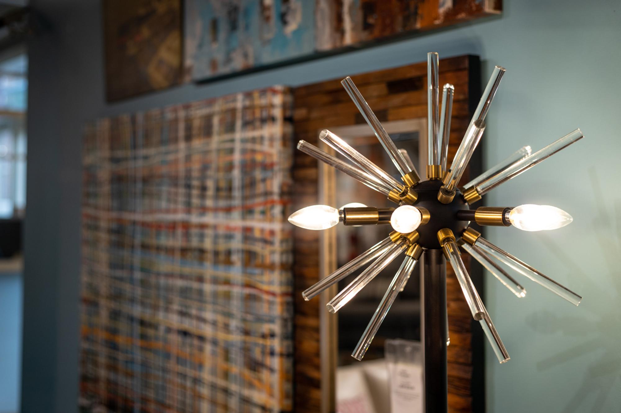 LaDiff lamp