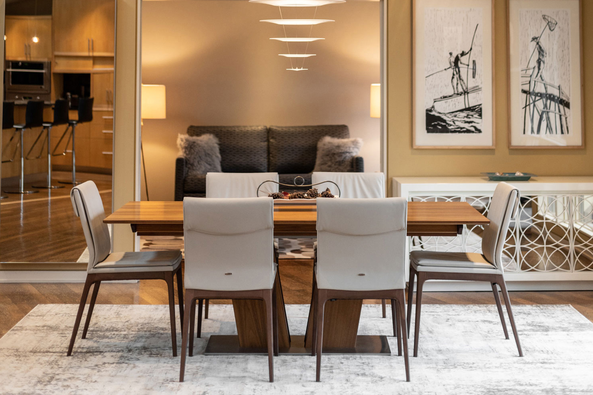 LaDiff dinning table and chairs